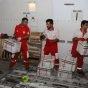 الهلال الأحمر الإيراني يوزع مساعدات إنسانية شعبية على منكوبي السيول